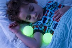 Boon GLO Nightlight with Portable Glowing Balls