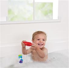Munchkin Bath Toy Tug Along Boat