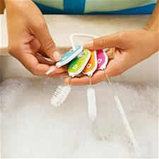 Baby products distributor of Munchkin Details Cleaning Brush Set 4Pk