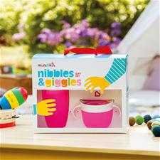 Baby products wholesaler of Munchkin Nibbles & Giggles Gift Set Pink