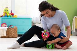 Baby products supplier of Lamaze Grab Apple Assortment