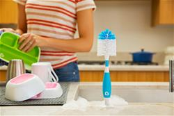 Baby products supplier of Munchkin Bristle Bottle Brush