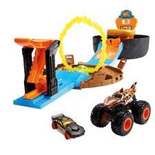 Hot Wheels Monster Truck Stunt Tyre Play Set
