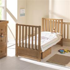 East Coast Langham Nuovo Oak Cot Bed with Drawer